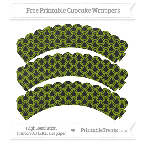 Free Apple Green Fish Scale Pattern Chalk Style Scalloped Cupcake Wrappers