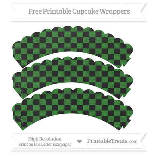 Free Forest Green Checker Pattern Chalk Style Scalloped Cupcake Wrappers